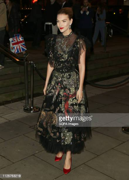 Arizona Muse attends the Fabulous Fund Fair as part of London Fashion Week event