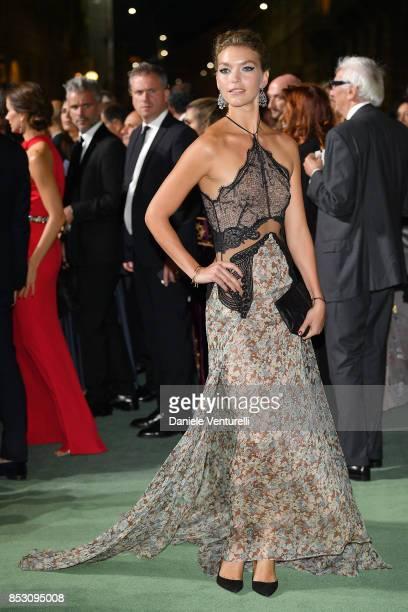 Arizona Muse attends the Green Carpet Fashion Awards Italia 2017 during Milan Fashion Week Spring/Summer 2018 on September 24 2017 in Milan Italy