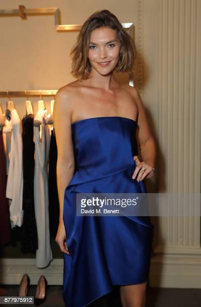 Arizona Muse attends the launch of Roland Mouret's debut fragrance Une Amourette in collaboration with Etat Libre on November 23 2017 in London...