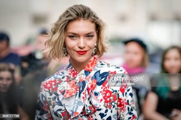 Arizona Muse attends the Vogue Foundation Dinner during Paris Fashion Week Haute Couture Fall/Winter 20172018 on July 4 2017 in Paris France