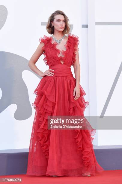 """Arizona Muse walks the red carpet ahead of the movie """"Miss Marx"""" at the 77th Venice Film Festival on September 05, 2020 in Venice, Italy."""