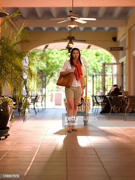 USA, Arizona, Scottsdale, Chinese woman in hotel