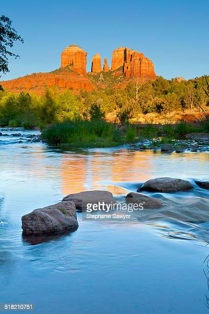 usa, arizona, sedona, cathedral rocks, oak creek - oak creek canyon - fotografias e filmes do acervo