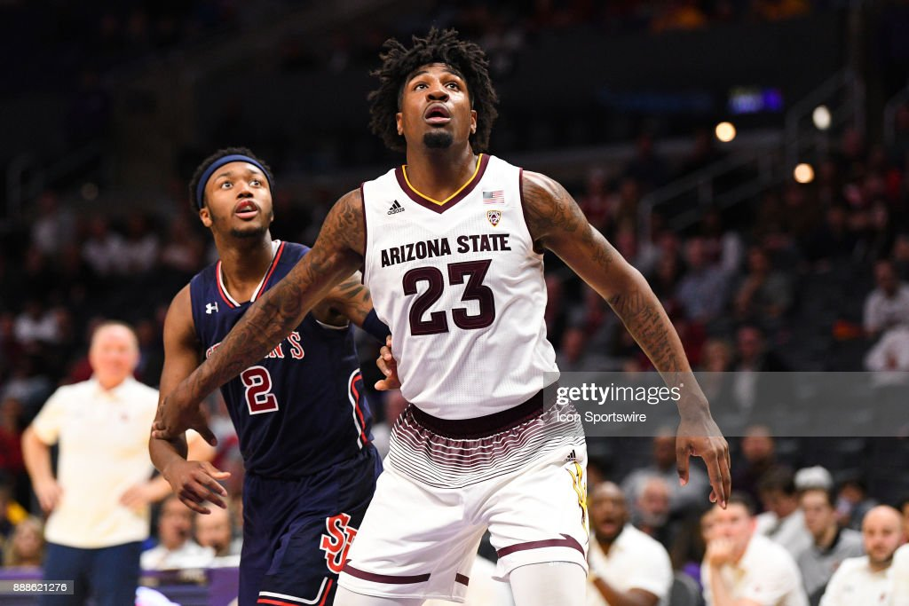 COLLEGE BASKETBALL: DEC 08 Basketball Hall of Fame Classic - St John's v Arizona State : News Photo