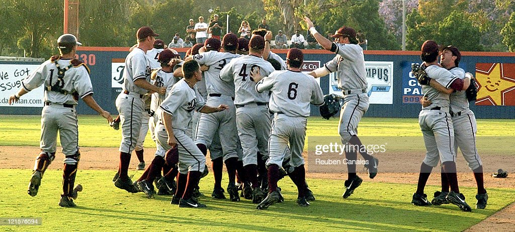 NCAA Baseball - 2005 Tournament Super Regional - Arizona State vs Cal State Fullerton - June 12, 2005 : News Photo