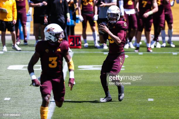 Arizona State Sun Devils quarterback Jayden Daniels looks to pass during the college football spring scrimmage of the Arizona State Sun Devils on...