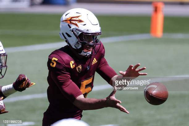 Arizona State Sun Devils quarterback Jayden Daniels receives the snap during the college football spring scrimmage of the Arizona State Sun Devils on...