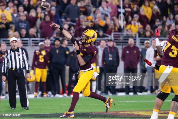Arizona State Sun Devils quarterback Jayden Daniels throws a pass during the college football game between the Arizona Wildcats and the Arizona State...
