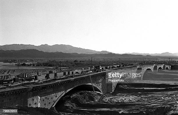 Arizona USA 27th January 1971 London Bridge is pictured being reconstructed at Lake Havasu scheduled for completion in October 1971