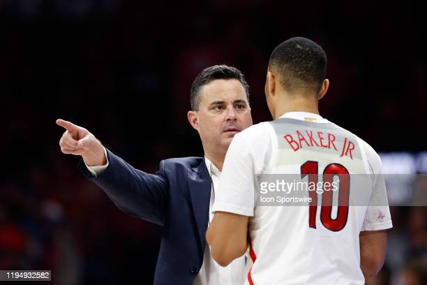 Arizona Wildcats head coach Sean Miller gestures at guard Jemarl Baker Jr. During the second half of the college basketball game against the Arizona...
