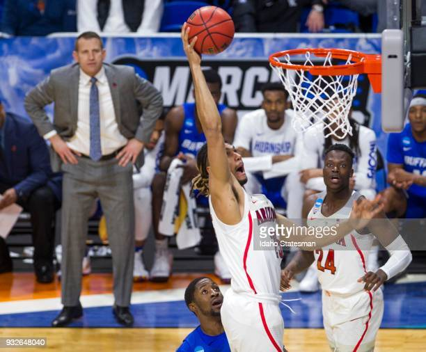 Arizona's Keanu Pinder dunks against Buffalo in the first round of the NCAA Tournament's West Regional on Thursday March 15 at Taco Bell Arena in...