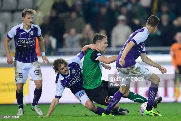 Arjan Swinkels of Beerschot Wilrijk tackles Irvin Cardona forward of Cercle Brugge who receives a penalty in the last minute during the Proximus...