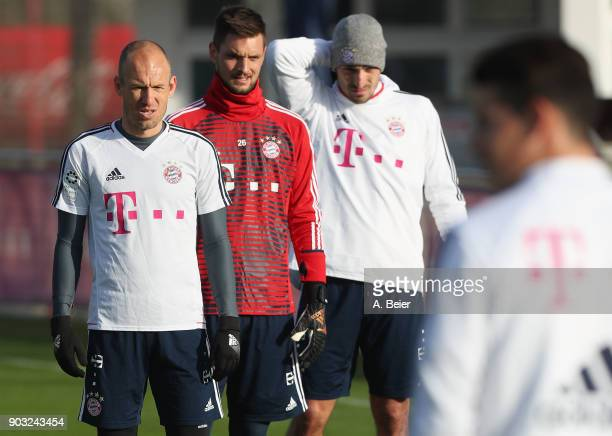 Arjen Robben goalkeeper Sven Ulreich and Mats Hummels of FC Bayern Muenchen are pictured during a training session at the club's Saebener Strasse...