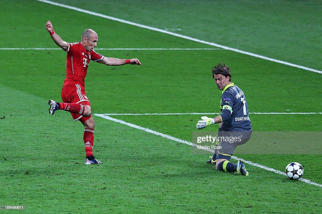 Borussia Dortmund v FC Bayern Muenchen - UEFA Champions League Final : Fotografía de noticias