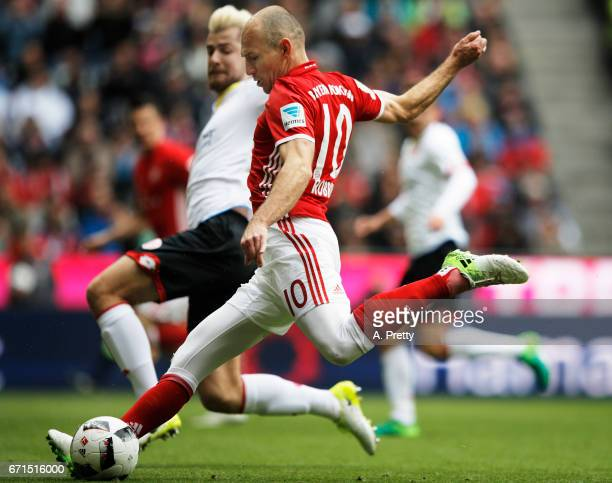 Arjen Robben of Bayern Munich scores a goal during the Bundesliga match between Bayern Muenchen and 1 FSV Mainz 05 at Allianz Arena on April 22 2017...