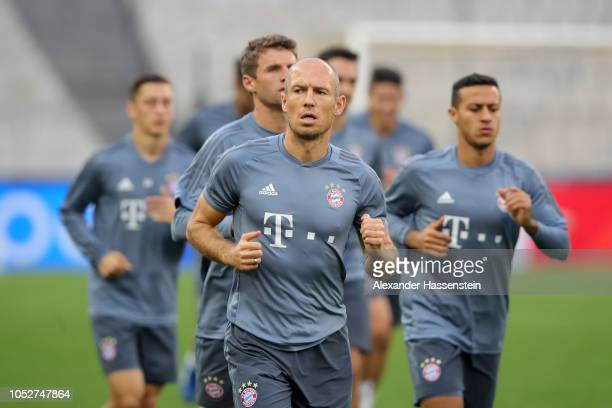 Arjen Robben of Bayern Munich warm up during a training session ahead of their UEFA Champions League Group E match against AEK Athens at Athens...