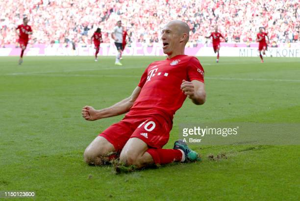 Arjen Robben of FC Bayern celebrates his goal during the Bundesliga match between FC Bayern Muenchen and Eintracht Frankfurt at Allianz Arena on May...