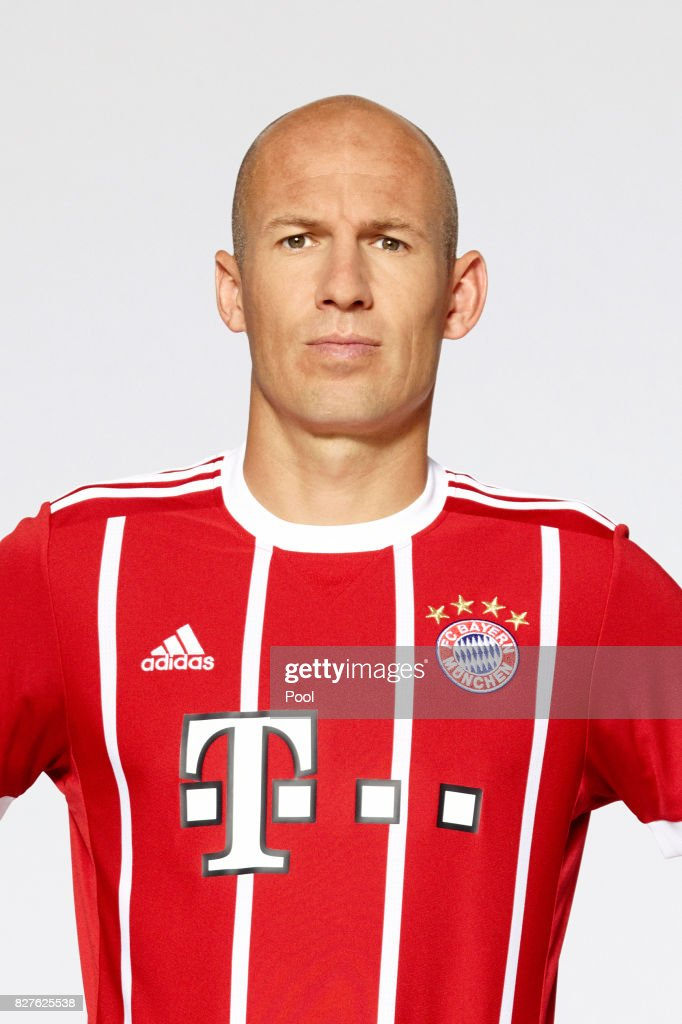 Arjen Robben of FC Bayern Muenchen poses during the team presentation at Allianz Arena on August 8, 2017 in Munich, Germany.