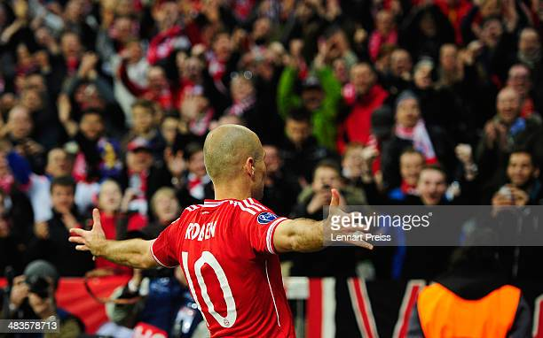 Arjen Robben of Muenchen celebrates his teams third goal during the UEFA Champions League quarterfinal second leg match between FC Bayern Muenchen...
