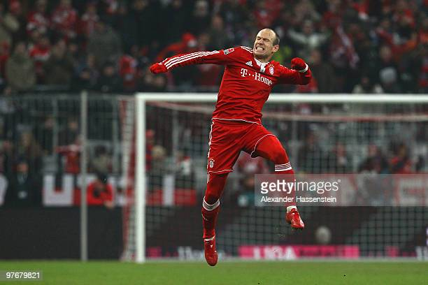 Arjen Robben of Muenchen celebrates scoring his first team goal during the Bundesliga match between FC Bayern Muenchen and SC Freiburg at Allianz...