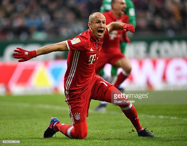 Arjen Robben of Muenchen reacts during the Bundesliga match between Werder Bremen and Bayern Muenchen at Weserstadion on January 28 2017 in Bremen...