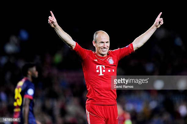 Arjen Robben of Munich celebrates reaching the final following his team's 3-0 victory during the UEFA Champions League semi final second leg match...
