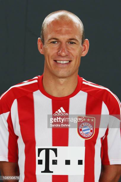 Arjen Robben poses during the FC Bayern Muenchen team presentation at Bayern's training ground Saebener Strasse on August 2 2010 in Munich Germany