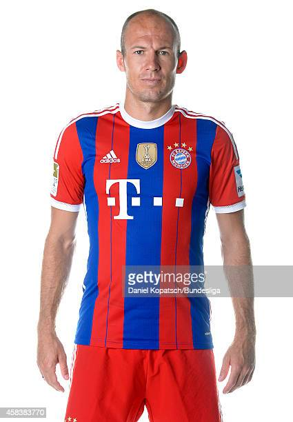 Arjen Robben poses during the FC Bayern Muenchen Team Presentation for DFL on August 9 2014 in Munich Germany