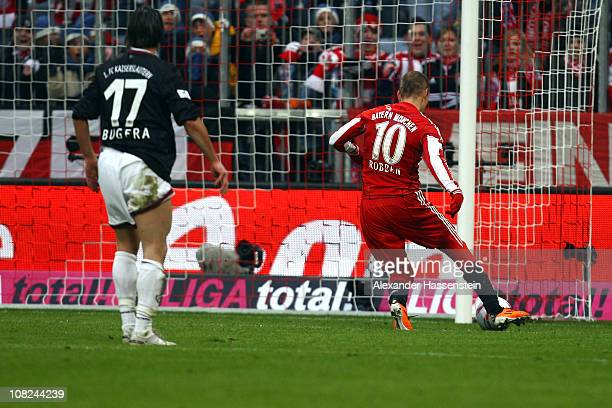 Arjen Robben scores his first team goal during the Bundesliga match between FC Bayern Muenchen and 1 FC Kaiserslautern at Allianz Arena on January 22...