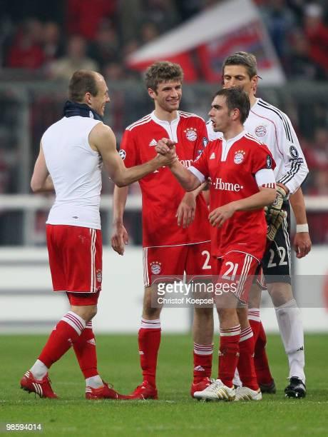 Arjen Robben Thomas Mueller Philipp Lahm and goalkeeper Joerg Butt celebrate of Bayern after winning the UEFA Champions League semi final first leg...