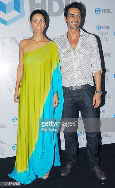 Arjun and Mehr Rampal at the HDIL Couture Week 2010 party in Mumbai on Tuesday October 5 2010