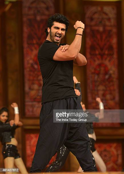 Arjun Kapoor performing in Mumbai police show UMANG at Andheri sports complex