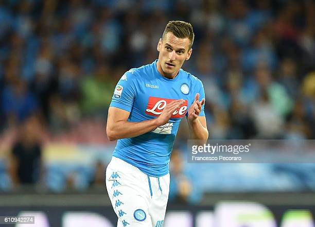 Arkadiusz Milik of Napoli in action during the Serie A match between SSC Napoli and AC ChievoVerona at Stadio San Paolo on September 24 2016 in...