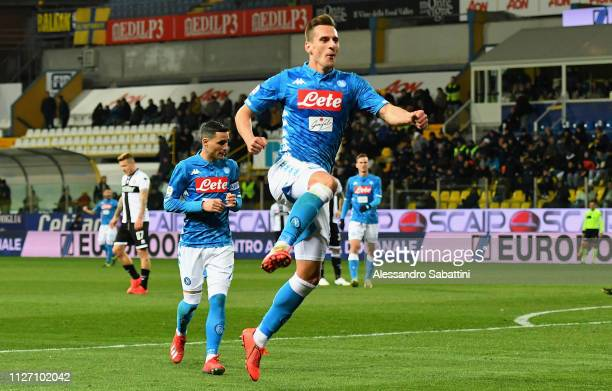 Arkadiusz Milik of SSC Napoli celebrates after scoring his team's third goal during the Serie A match between Parma Calcio and SSC Napoli at Stadio...
