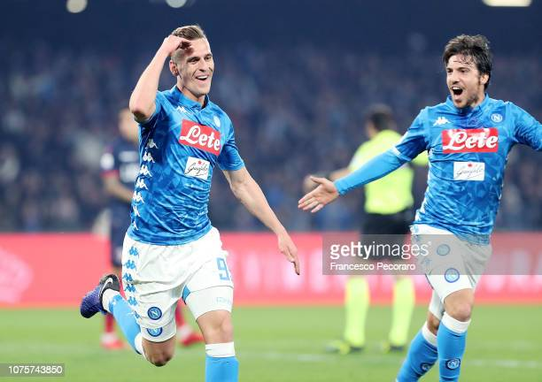 Arkadiusz Milik of SSC Napoli celebrates after scoring the 10 goal during the Serie A match between SSC Napoli and Bologna FC at Stadio San Paolo on...