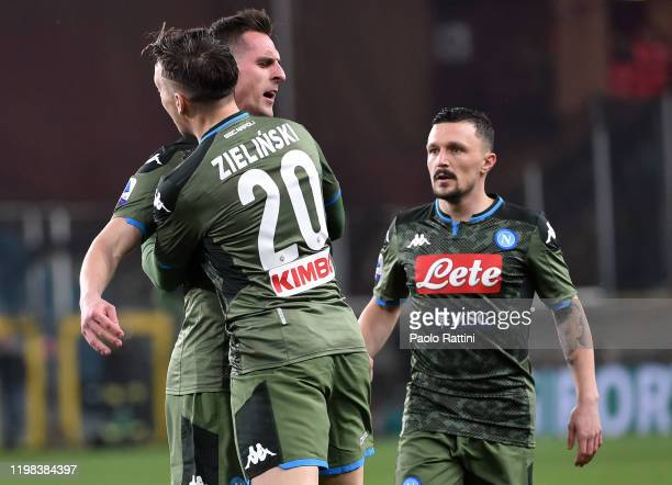 Arkadiusz Milik of SSC Napoli celebrates after scoring the first goal during the Serie A match between UC Sampdoria and SSC Napoli at Stadio Luigi...