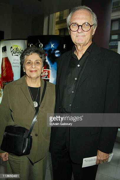 Arlene Alda Alan Alda during Warner Bros' City By The Sea NY Premiere at United Artists Union Square in New York New York United States
