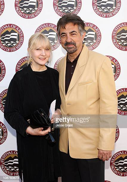 Arlene Mantegna and actor Joe Mantegna attend The Festival of Arts/Pageant of The Masters 2008 Gala Benefit at the Irvine Bowl Park on August 23 2008...