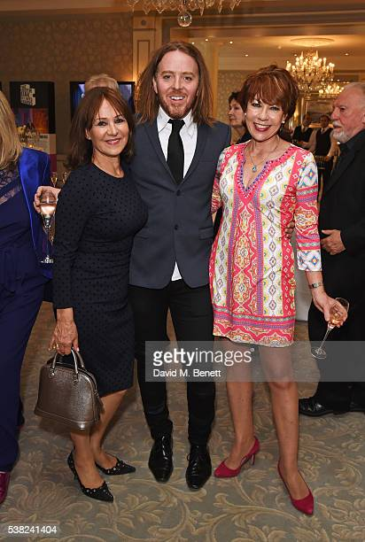 Arlene Phillips Tim Minchin and Kathy Lette attend the The South Bank Sky Arts Awards airing on Wednesday 8th June on Sky Arts at The Savoy Hotel on...
