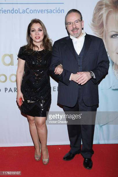 Arlette Pacheco and Horacio Castelo attend the Todo Para La Mujer 30th Anniversary Red Carpet at Live Aqua hotel on October 16 2019 in Mexico City...