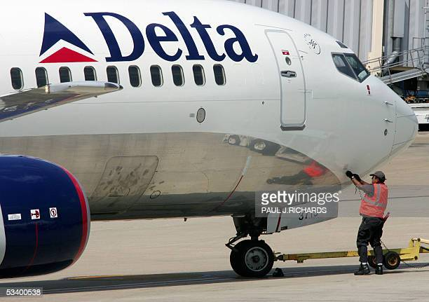 Delta Air Lines Pictures and Photos - Getty Images