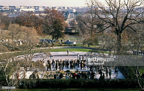 Arlington Virginia 11 22 1988 Members of the public lay a wreath at the gravesite of President John Fitzgerald Kennedy on the 25th anniversary of his...