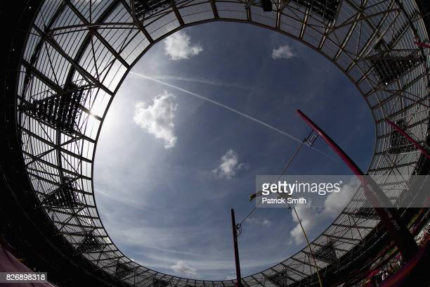 Armand Duplantis of Sweden competes in the Men's Pole Vault qualification during day three of the 16th IAAF World Athletics Championships London 2017...