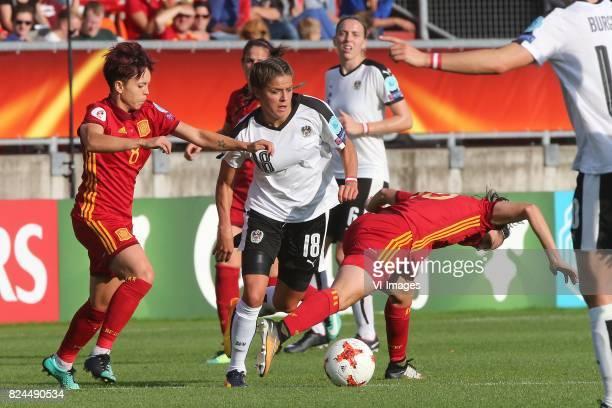 Armanda Sampedro of Spain Laura Feiersinger of Austria women Silvia Meseguer of Spain during the UEFA WEURO 2017 quarter finale match between Austria...