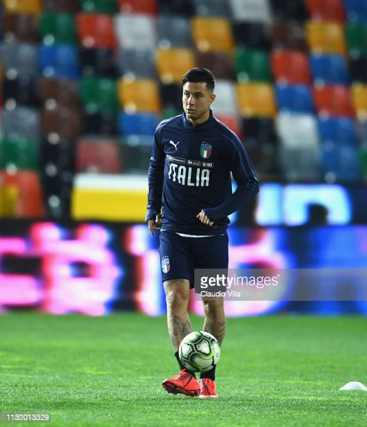 Armando Izzo of Italy in action during a training session at Stadio FriuliDacia Arena on March 22 2019 in Udine Italy