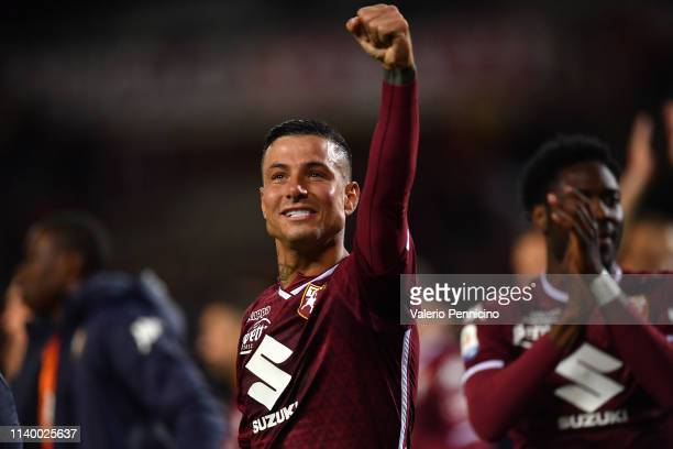 Armando Izzo of Torino FC celebrates victory at the end of the Serie A match between Torino FC and AC Milan at Stadio Olimpico di Torino on April 28...