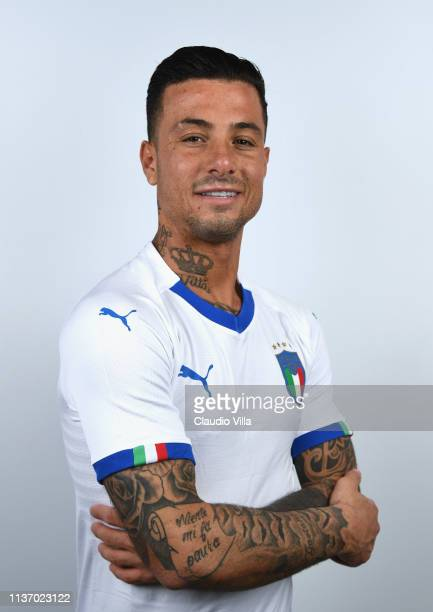 Armando Izzo poses for a headshot after an Italy training session/press conference at Centro Tecnico Federale di Coverciano on March 18 2019 in...
