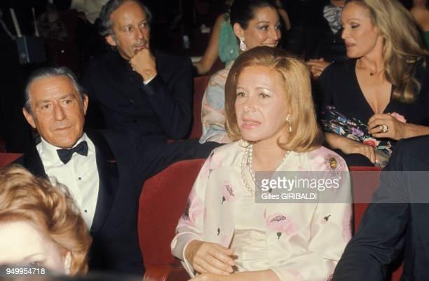 L'armateur Stavros Niarchos et son épouse Tina lors d'un gala en mai 1974 à Monaco
