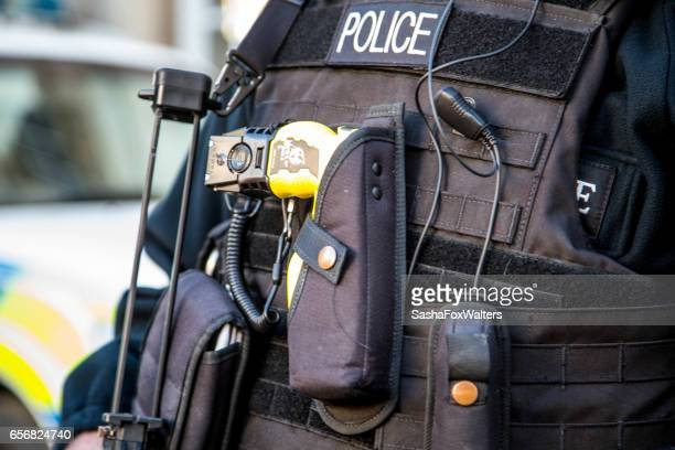 armed police on patrol in london, uk - terrorism stock pictures, royalty-free photos & images
