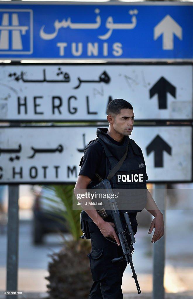 Terrorist Attacks On Tunis Beach Resort Kills At Least 27 Tourists : News Photo